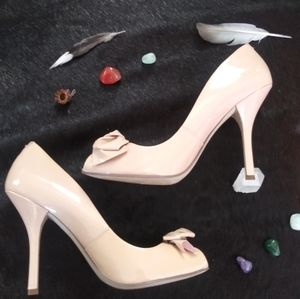 Guess Rose colored heels 💕